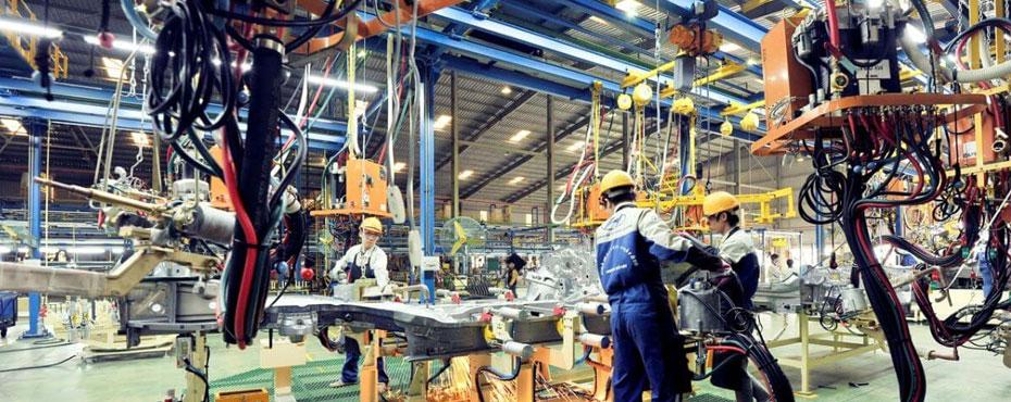 Các công việc của ngành công nghiệp ô tô tại Nhật